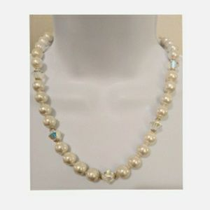 Vintage White & AB Crystal Pearl Necklace